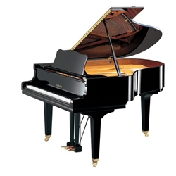 "Yamaha GC2PE Classic Collection 5' 8"" Acoustic Grand Piano with Bench, Polished Ebony"